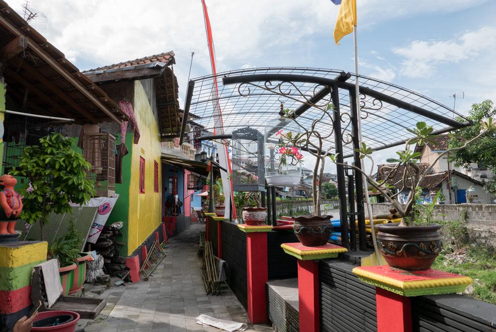 Casitas de colores en el Río Code. Yogyakarta