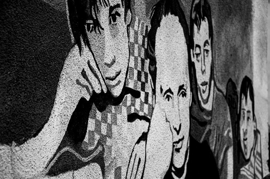 Mural en blanco y negro. Orgoslo. Cerdeña