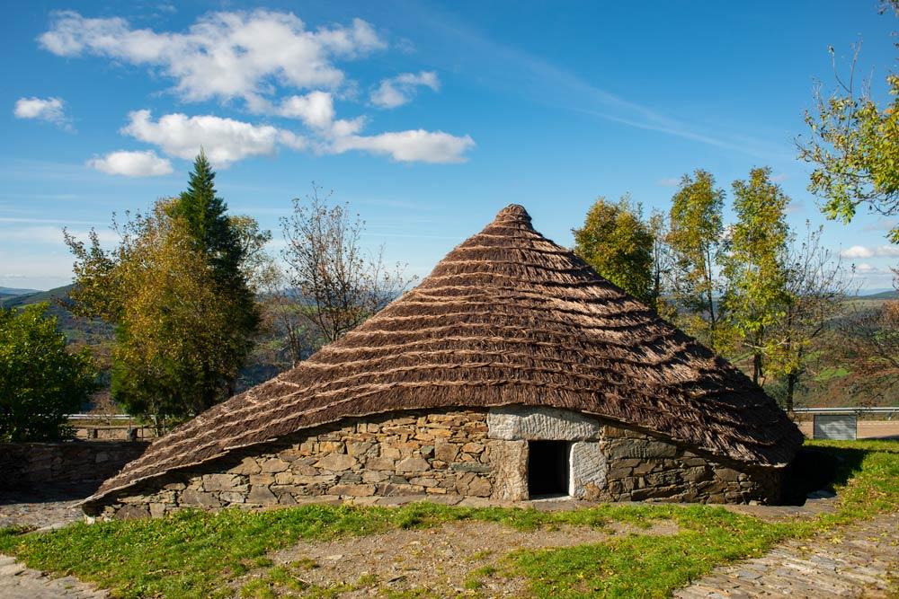 O Cebreiro, un paraíso etnográfico en Galicia