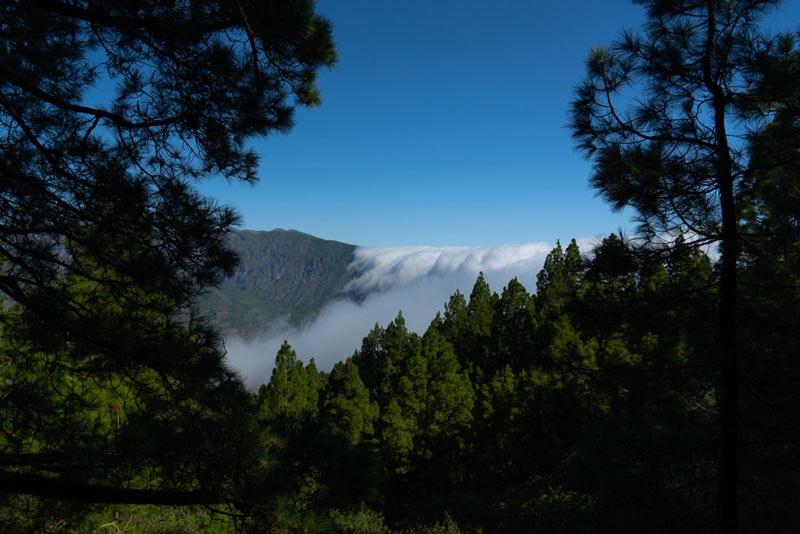 Vista de la parte sur de la caldera de Taburiente desde el mirador del Birigoyo. Ruta de los Volcanes. Perder el Rumbo
