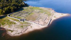 Vista aérea del Aquis Querquennis, ruinas de un gran campamento romano. 20 sorprendentes curiosidades de Galicia. Perder el Rumbo